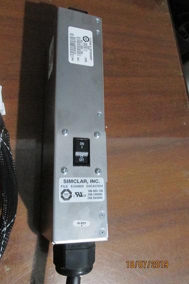 Régua P/rack Pdu Power Strip Pn: 100-885-138 E240869 Us
