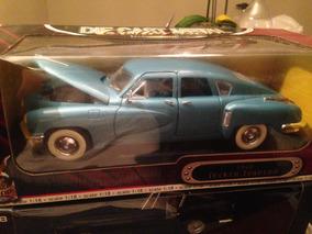 Tucker Torpedo 1948 1:18 Road Legends Ñ Minichamps Autoart