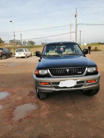 Mitsubishi Montero 3.0 V6