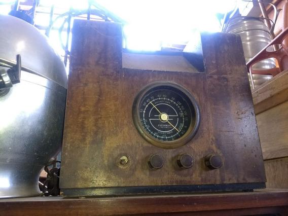 Radio Antigo De Madeira