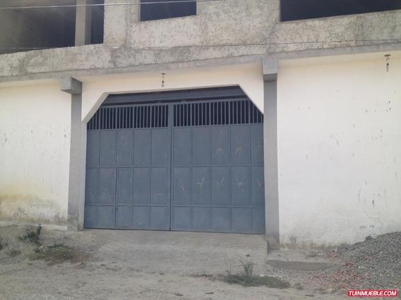 Venta De Local Comercial Con Apartamentos En El Junquito Gd