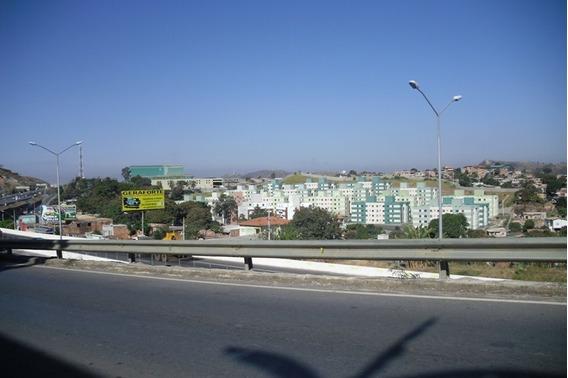 Apartamento De 3 Quartos Bairro Santa Calra - 573
