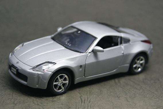 Auto De Coleccion Welly Nissan Escala 1/36