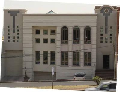 En Perif. De La Juventud Edificio Mejor Zona