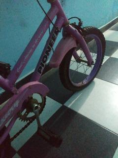 Bicicleta De Nena Niña Color Rosa Pioneer
