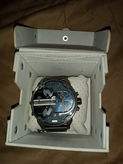 Relógio Diesel Dz 7331 Semi Novo Em Taquito Na Caixa