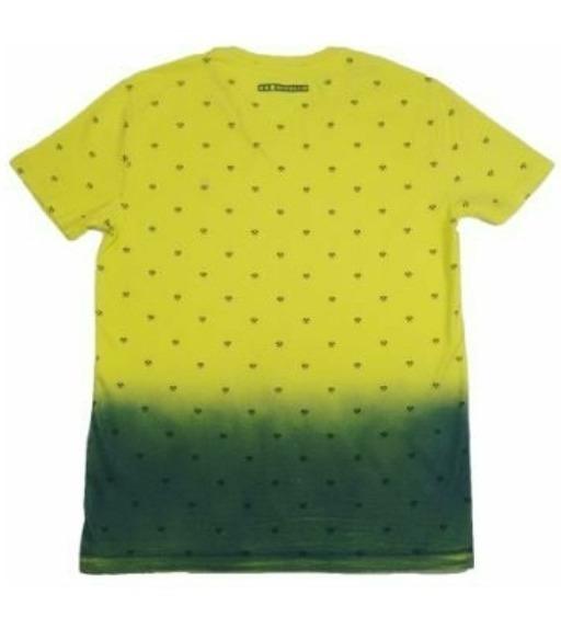 Camiseta T-shirt V Mc Abacaxi