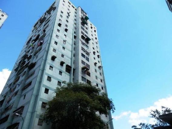 Apartamento En Venta 20-10605