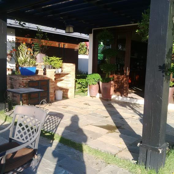 Casa Con Negocio Tipo Restaurante