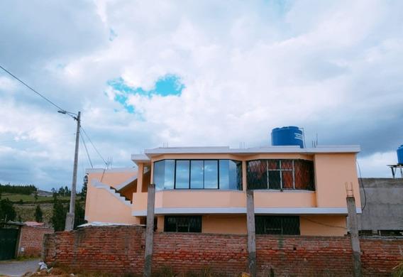De Oportunidad Hermosa Casa En Venta, Sector Norte, Con 2 De