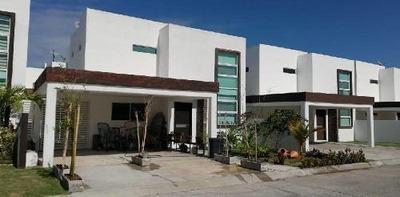 Casa En Venta En Ciudad Del Carmen Vistancias
