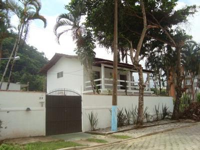 Casa Familiar Na Praia Grande Em Ubatuba