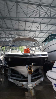Jet Boat Yamaha Sx 240