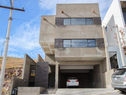 Imagen 1 de 18 de Residencia Nueva En Fraccionamiento Privado, Con Vista Muy Hermosa
