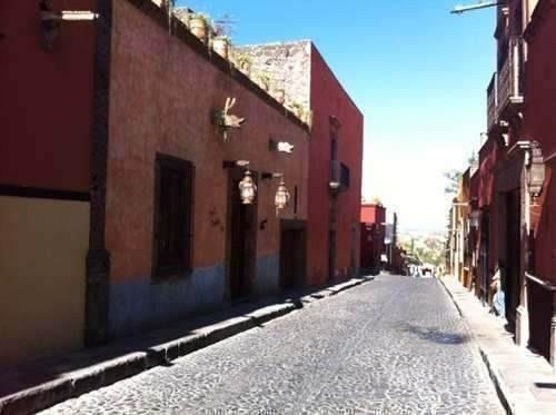 Casa Sola En San Miguel De Allende Centro, Casa En Calle Hos