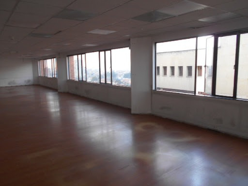 Oficinas En Arriendo Quinta Camacho 90-60839