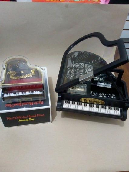 2 Caixas De Músicas E Porta Jóias Pianos.