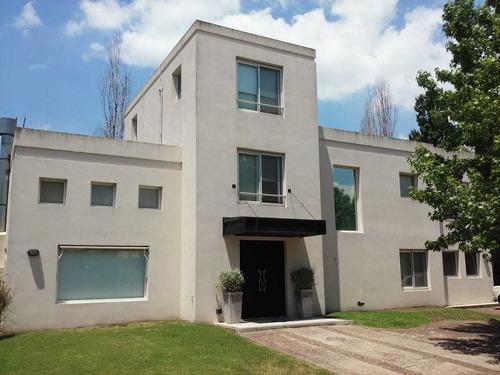 Imagen 1 de 14 de Buratti Venta Excelente Casa 5 Ambientes Rincón Del Arca