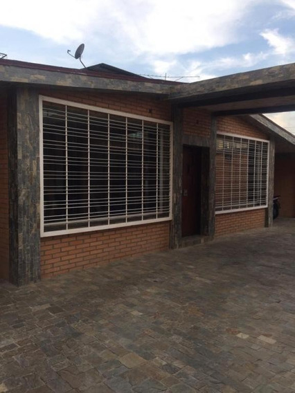 Girardot Git 19-5231 Penelope Yañez 04144215494