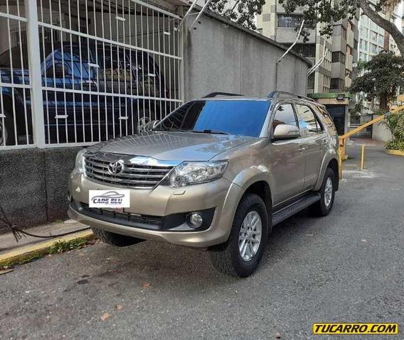 Toyota Fortuner Blindada Nivel Iii