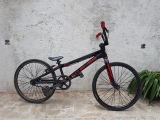 Bici Cross Competición. Intense Exper