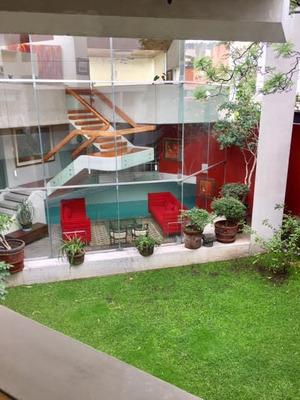 Residencia Con Diseño Unico En Lienzo Charro Del Pedregal