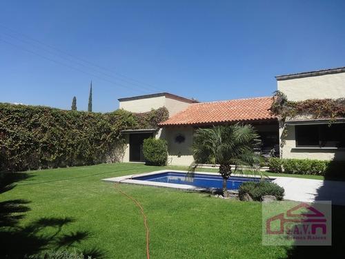 Imagen 1 de 14 de Bonita Casa En Un Nivel, En Jiutepec.