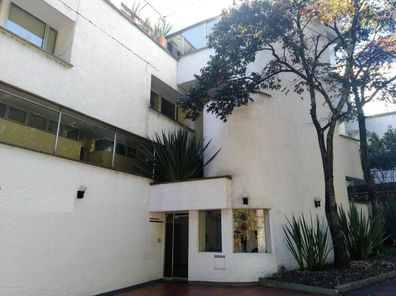 Apartamento En Arriendo En Altos Del Chico Mls #20-398 Fr