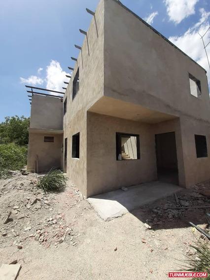 Townhouse En Urbanización Valle Fresco, Turmero, En Preventa