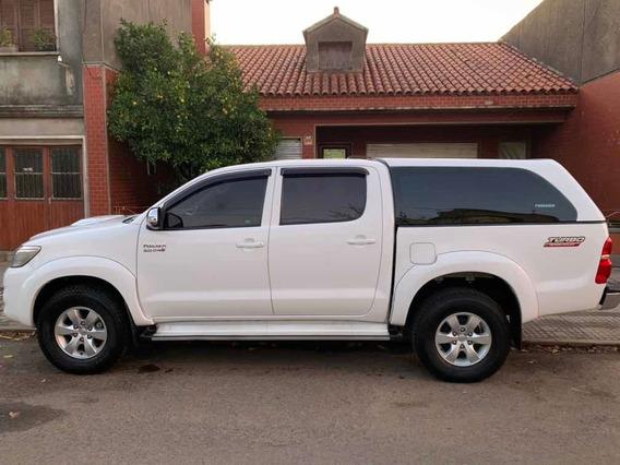 Toyota Hilux 3.0 Cd Srv Cuero Tdi 171cv 4x2 2014