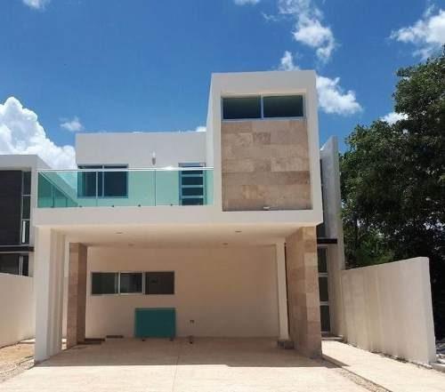 Casa En Privada Parque Central