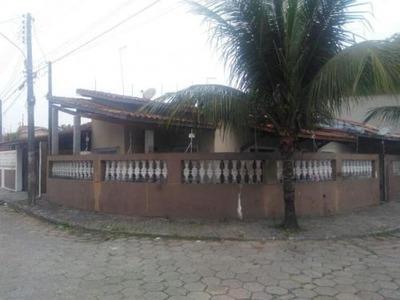 Casa Com Sala Ampla E Com Ótima Localização - Itanhaém