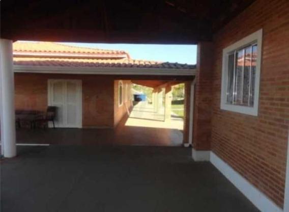 Chácara Em Condomínio Com 5000m² Em Águas De São Pedro/sp - 1037