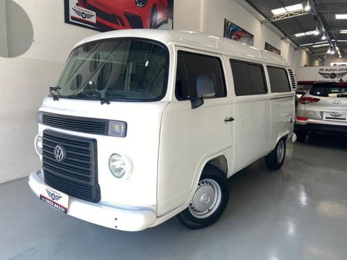 Volkswagen Kombi Muito Nova