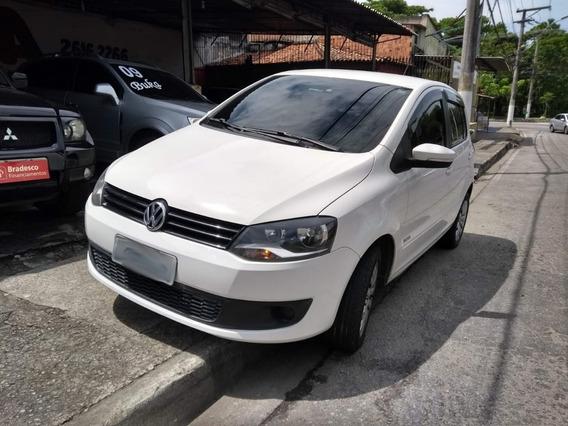 Volkswagen Fox 1.0 Trend Tec Total Flex 5p 2014 I Motion