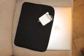 Macbook Air 13 Polegadas, 8gb Ram, Processador I7, 250gb Hd