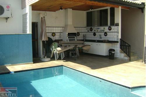 Imagem 1 de 15 de Casa Verde - 3 Dormitórios ( 1  Suíte ) Piscina - Edícula - St16216
