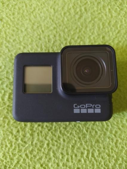 Câmera Gopro Hero 7 Black + Maleta + Bastão + J-hook