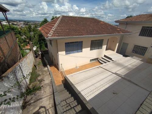Imagem 1 de 13 de Casa Com 3 Dormitórios, 300 M² - Venda Por R$ 700.000,00 Ou Aluguel Por R$ 1.500,00/mês - Olarias - Ponta Grossa/pr - Ca0645