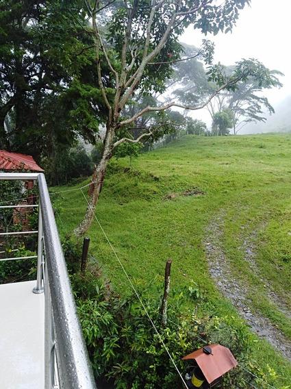 Casa Campestre Ubicada En Conjunto Cerrado Cañón Del Combeim