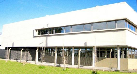 Deposito En Parque Industrial Platanos En Berazategui Zona Sur - 1048 M2