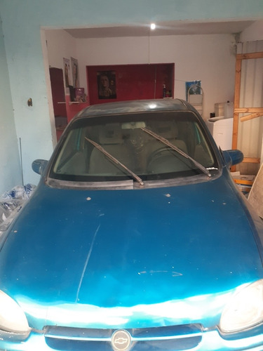 Imagem 1 de 8 de Chevrolet Corsa 1.0