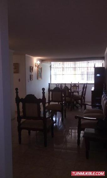 Apartamentos En Alquiler San Jacinto / Vanessa 04243219101