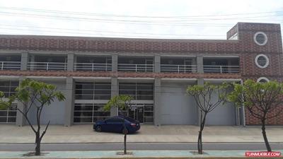 Edificio En Venta Avda. Ejercito A 100mts C.c. Puente Real