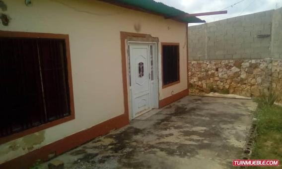 Casa En La Puerta Trujillo En Casas En Tuinmueble