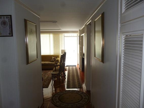 Apartamento En Arriendo Santa Barbara Central 90-60245
