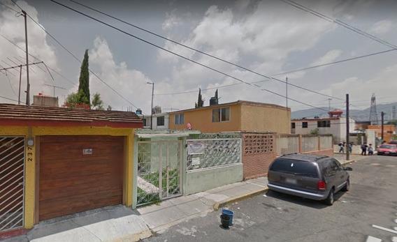 Casa De Remate Bancario Col Villa De Las Flores