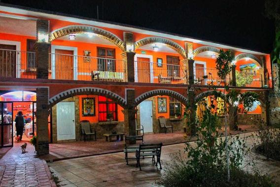 El Paseo Santa María Del Río