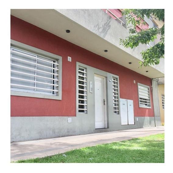 Departamento En Venta De 1 Dormitorio En La Plata