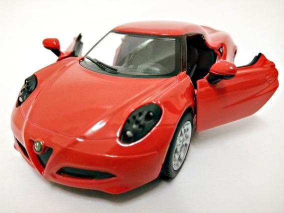 Miniatura Alfa Romeo 4c Vermelho 2013 1:32 Kinsmart